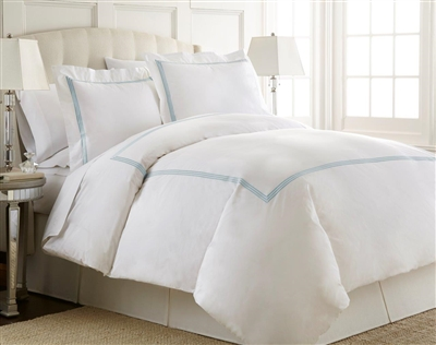 Austin Horn En'Vogue Charlotte Blue 7-piece Embroidered Duvet Cover-Sheet Set
