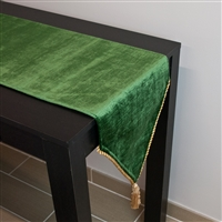 Sherry Kline Lawndale Green Table Runner