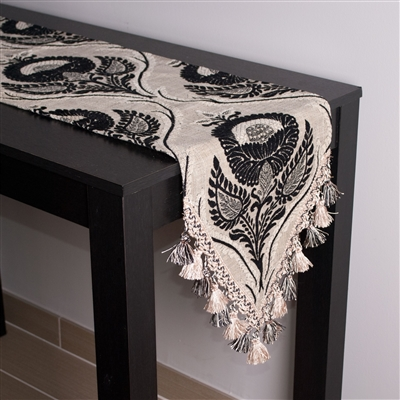 Sherry Kline Hagen Table Runner
