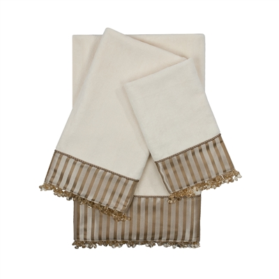 Sherry Kline Bellevue Ecru 3-piece Embellished Towel Set