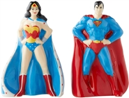 Superman & Wonder Woman Salt and Pepper