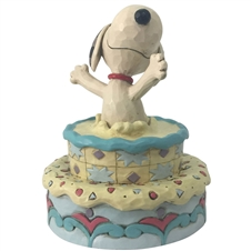 Surprise! - Snoopy Jumping Out Birthday Cake