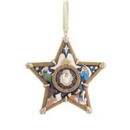 Craved Star - Ornament