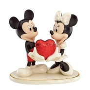 Mickey Mouse And Minnie Mouse - Sweethearts Forever