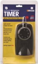 Coleman 2001 Outdoor Mechanical Timer Photoelectric