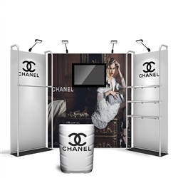 10ft Merchandiser Media Backwall Display Black Plate Kit 1 - with TV Mount is a terrific way to feature merchandise at your tradeshow! Merchandiser Backwall is an increasingly popular choice amongst retailers, exhibitors to conserve space while showcasing