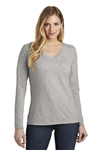 District - Women's Very Important Tee ® Long Sleeve. DT6201