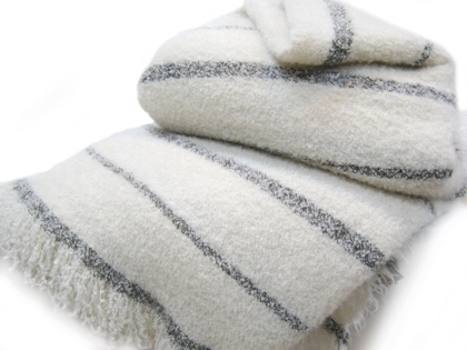 King And Queen Lambswool And Angora Mohair Snow Blanket Adorable Mohair Throw Blankets