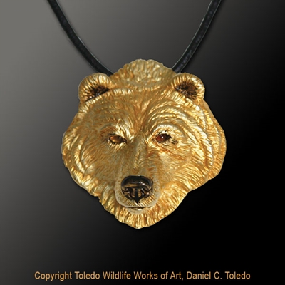 "Grizzly Bear Pendant ""Terry's Bear"" by wildlife artist jeweler Daniel C. Toledo, Toledo Wildlife Works of Art"