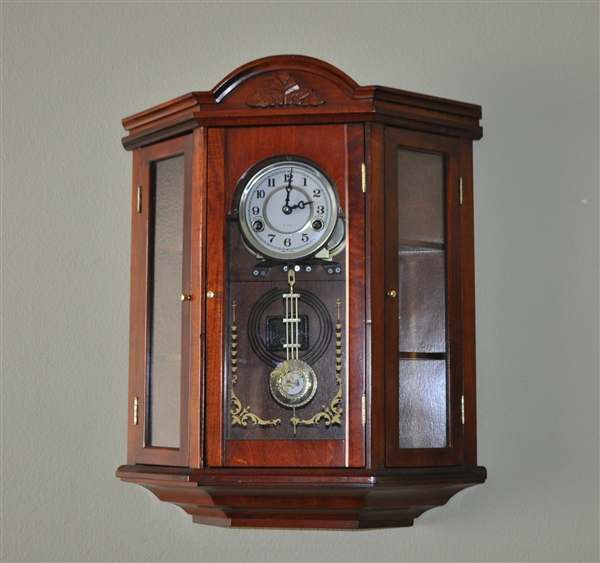 31 Day Vintage Curio Clock With Chime