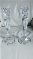 Crystal candle holder set in flowing lines design