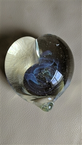 Gilbert Johnson art glass heart paperweight 1996