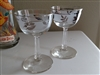 Coupe drinking glasses leaves decoration