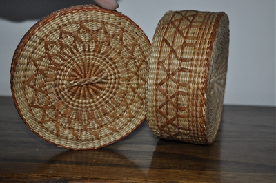 woven seagrass baskets with handles decorative storage boxes.htm round grass woven basket with lid  round grass woven basket with lid