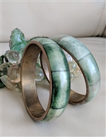 Brass and green hue bone bangle bracelets set