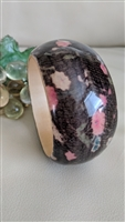 Wooden bangle bracelet in spotted design