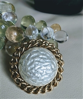 Sarah Cov elegant round brooch pearl like center
