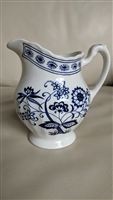 Meakin English creamer Classic White blue nordic