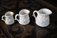 Porcelain measuring cups set of three