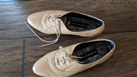 EUROPREP tan color leather shoes women sz 9