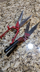 Metal Seymour and son and Wallace garden clippers