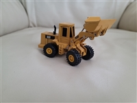 ERTLE caterpillar scoop moving wheels up down turning die cast metal