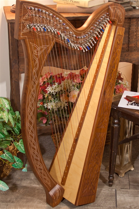 Roosebeck Minstrel Harp, 29 Strings, Chelby Levers, Knotwork