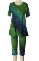 Plus size - Short Sleeve Capri Set - green tie dye print - poly/spandex