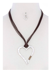 Necklace & earrings - silver hammered heart