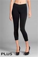 Plus Size Capri Leggings - black - nylon/spandex