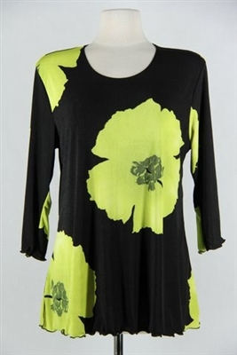 3/4 sleeve top with lettuce finish - green big flower - polyester/spandex