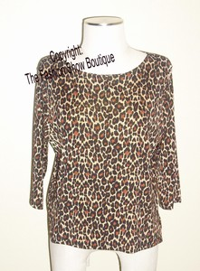3/4 sleeve top in leopard print - acetate/spandex
