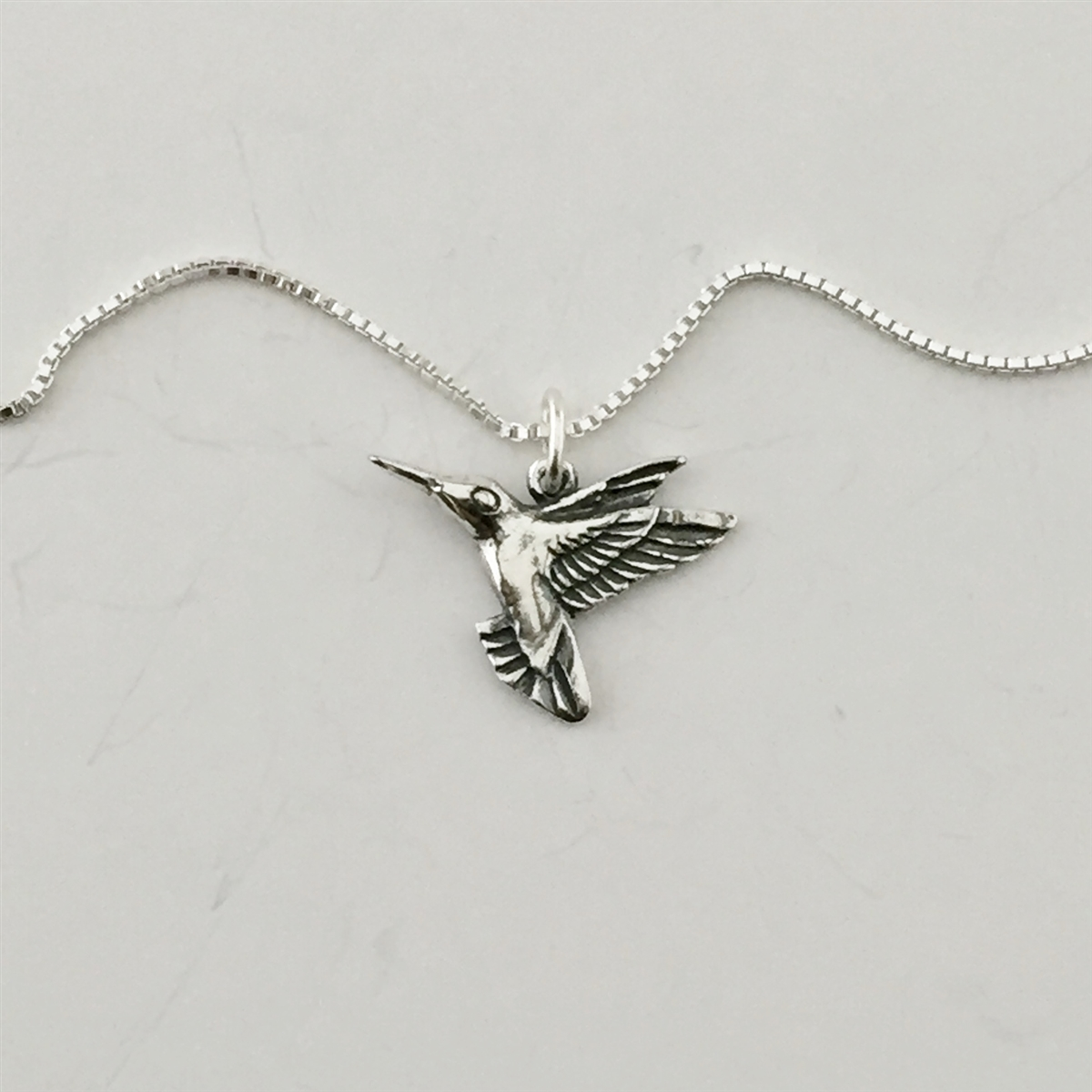 spoon jewelry edit b silver hummingbird necklace products