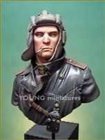 SOVIET TANK COMMANDER 1944, 1/10 Scale Resin Bust