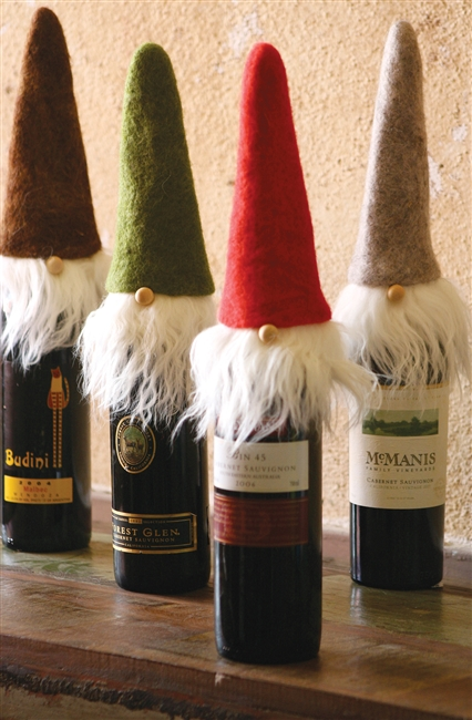 FELT SANTA WINE TOPPERS WITH WISPY BEARDS: Set of 4