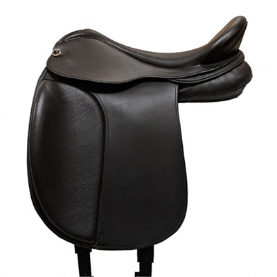 DP Saddlery Startrekk Treeless Dressage Saddles