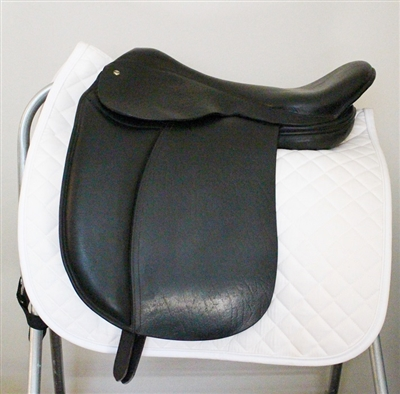 Used - Freedom Holistic Treeless Dressage Saddle 18 -18.5
