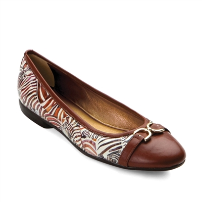 "Katee-452 Ballet Flat w/ Solid Cap Toe in ""Streamline"" by Cecile Hubene"