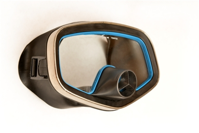 blue eye rubber dive mask