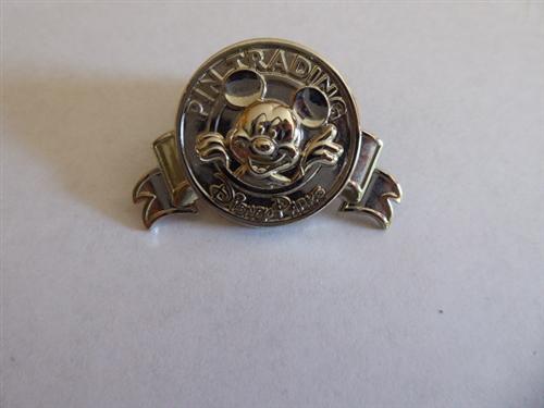 Mickey Mouse PINGO Disney Trading Gift Disney Parks Silver Pin 123700