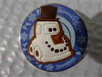 Disney Trading  126975 DLR - Seasons Eatings 2017 - Gingerbread Cars Snowy