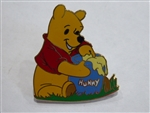 Disney Trading Pin Pooh With Hunny Pot