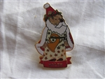 Disney Trading Pin 16595: DS - Pooh Santas Around the World (Wales)