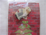 Disney Trading Pin 16601: DS - Pooh Santas Around the World (Russia)