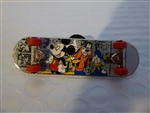 Disney Trading Pin Skateboard - Mickey and the Gang