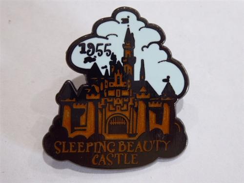 DISNEY TRADING PIN SLEEPING BEAUTY CASTLE 1955