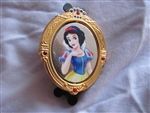 Disney Trading Pin  74337: Disney Movie Club Exclusive Pin #32 – Snow White