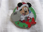 Disney Trading Pins 77046: Mickey Mouse Wreath with Santa hat and bag