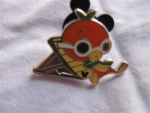 WDW 2011 Hidden Mickey Classic /'D/' Minnie Mouse Disney Pin 82377