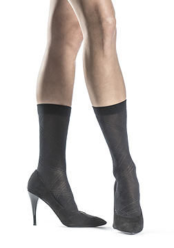 Overplaid Sheer Crew Socks
